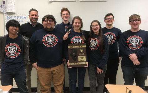 Scholastic Bowl takes first place at regional competition, qualifies for sectionals
