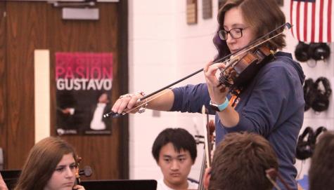 "Orchestra prepares for ""Celebración Cultural Hispana"""